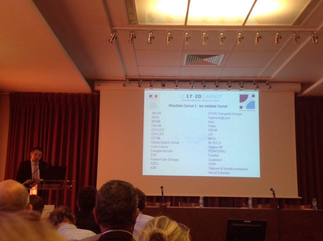 Le secrétaire d'Etat chargé de l'Enseignement supérieur et de la recherche, Thierry Mandon annonce les résultats du label Carnot 3 le 06 juillet 2016.