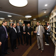 Mounir Mokhtari, Professeur à l'IMT et directeur du laboratoire IPAL a rencontré François Hollande et Christophe Sirugue, lors du Forum Innovation France-Singapour
